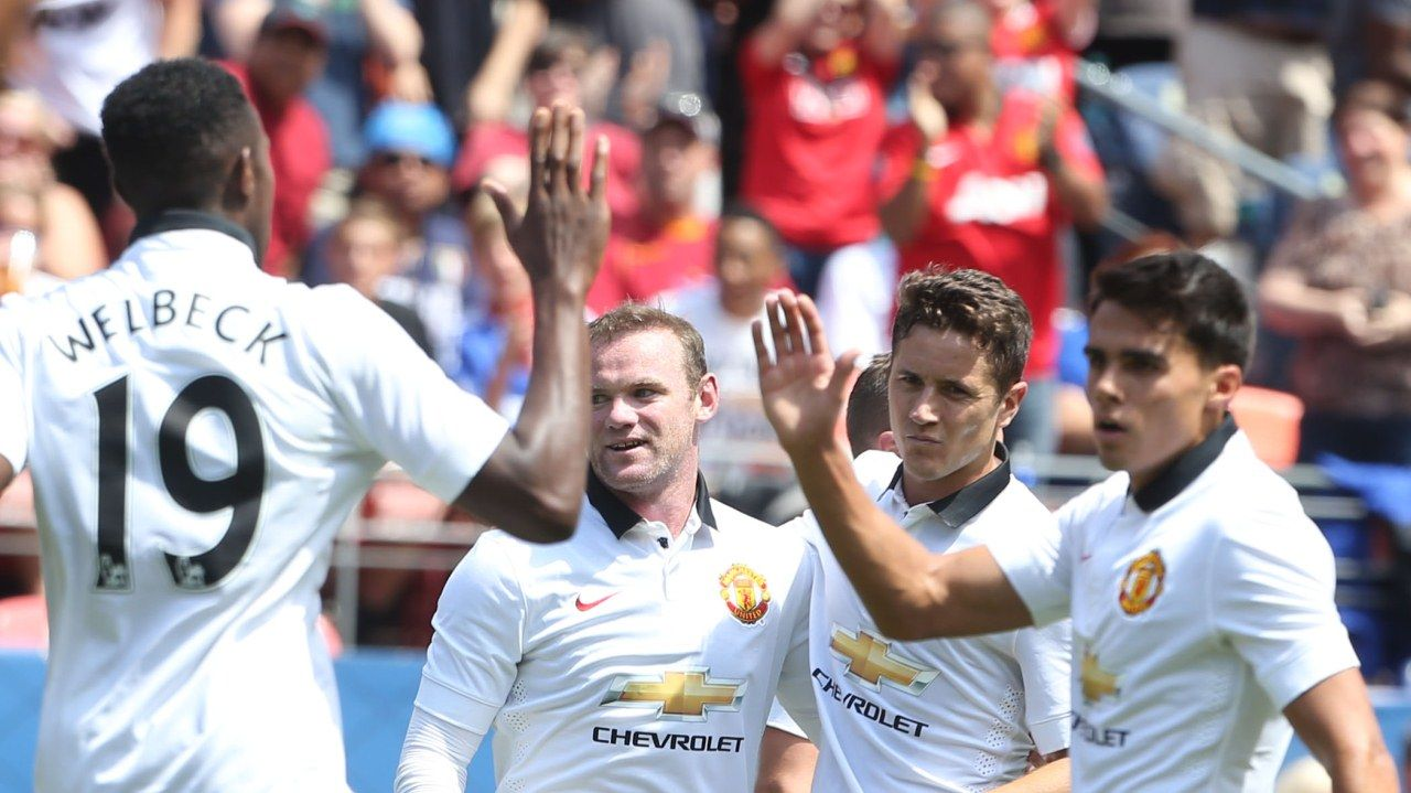 manutd 3 Roma 2. The Reds made a winning start to the