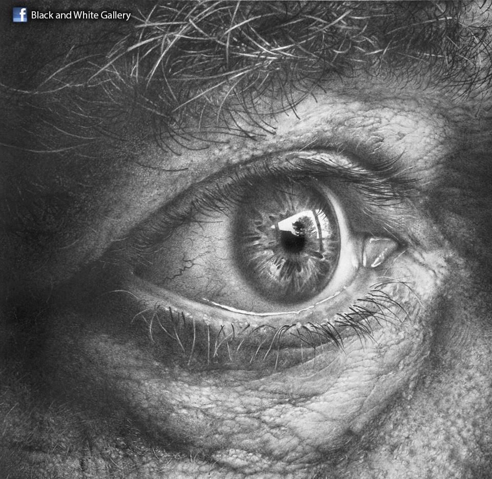 Illustrator armin mersmann able to create shimmer and shine hypnotic eyes in conjunction with a wrinkled and freckled skin hes working in the technique