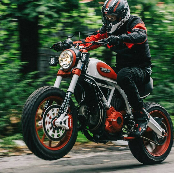 Rankxerox Saint Motors By Brandon Lajoie Ducati Bike Ducati Scrambler Custom Ducati Scrambler Ducati Motorbike
