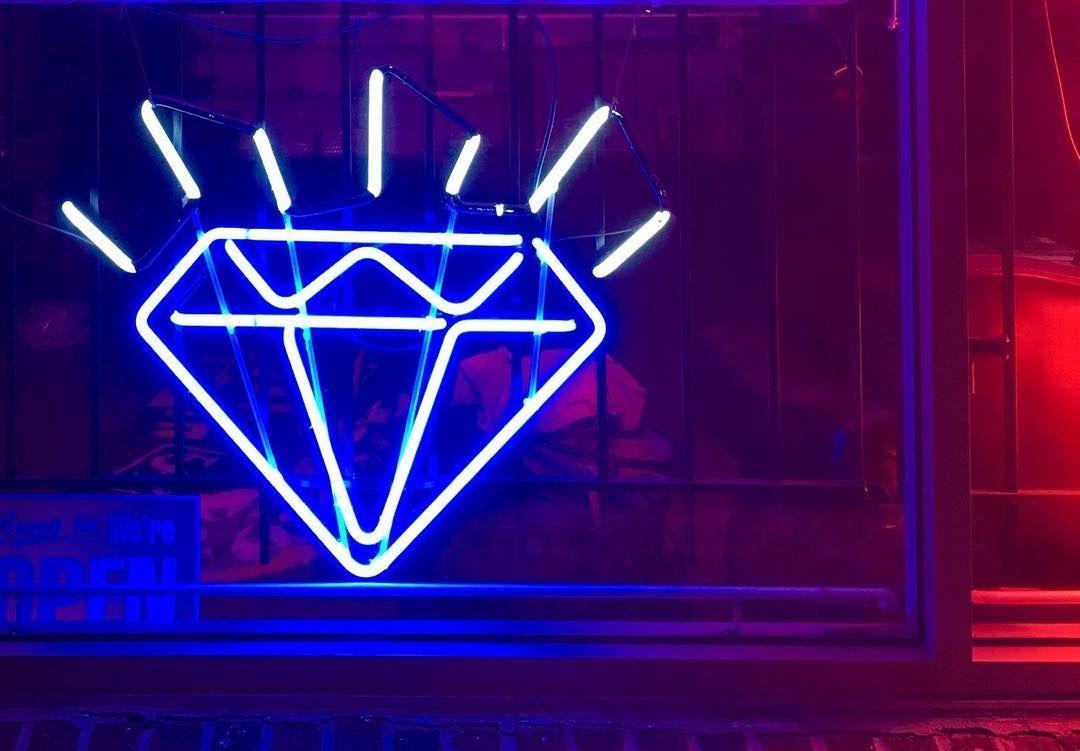 Bluediamond Blueneon Diamondneon Neonlights Bluelights
