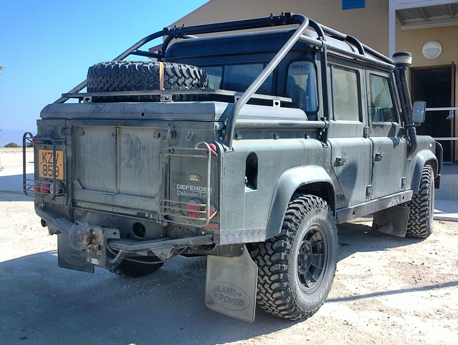 Pin By Island Defender On Land Rover Defender 130 110 Hcpu