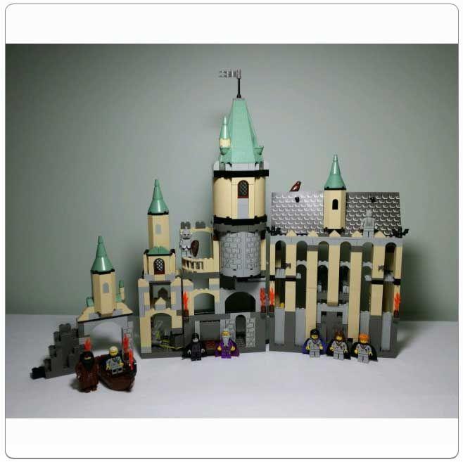 LEGO® Set 4709 – Hogwarts Castle (1st Edition | Hogwarts and Legos