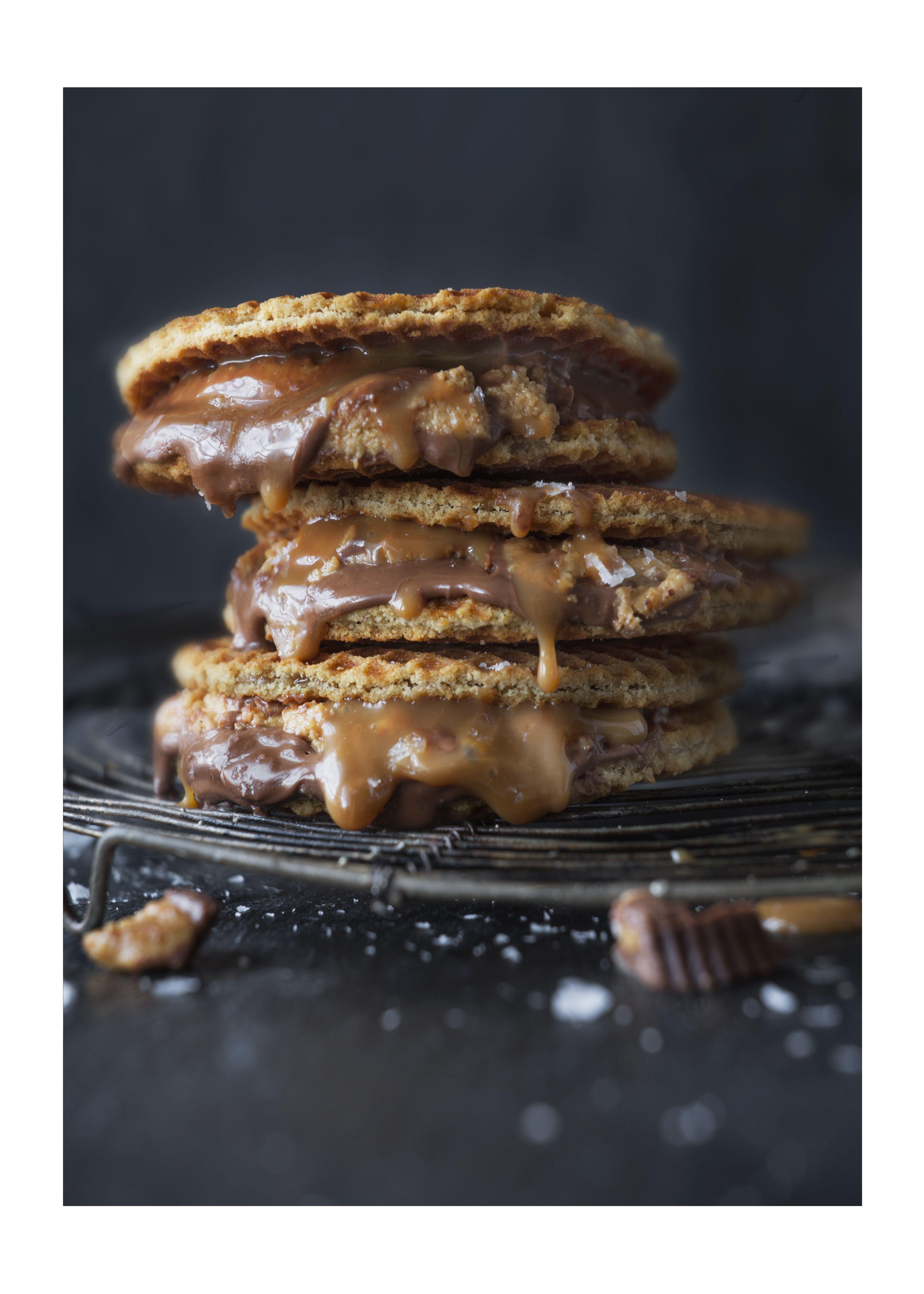 Salted caramel peanut butter smores recipe pinterest toffee salted caramel peanut butter smores recipe pinterest toffee crackers and marshmallow forumfinder Images