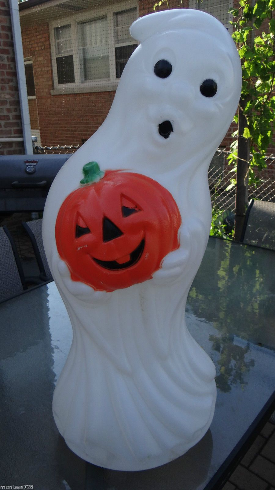34 Quot Ghost Holding Pumpkin Lighted Halloween Blow Mold