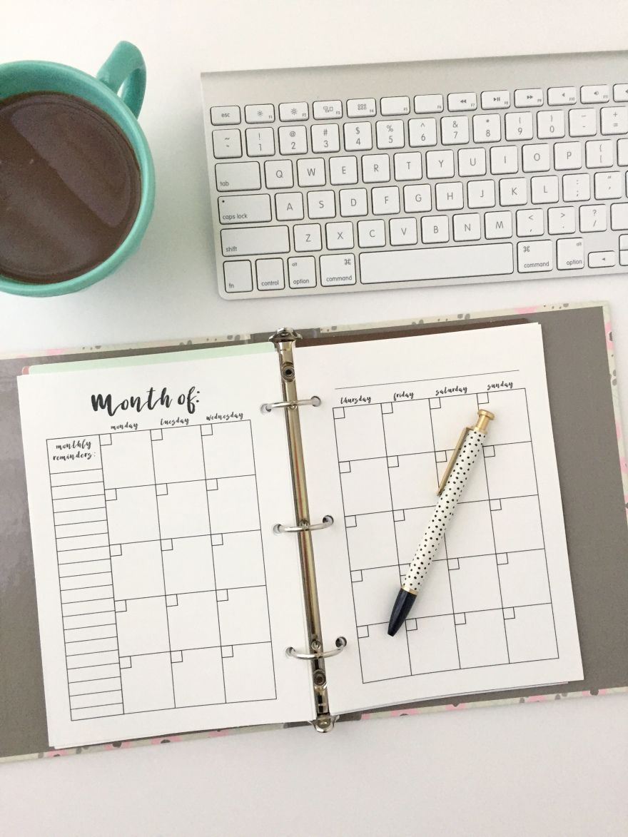 Monthly calendar free printable planner insert monthly for Month at a glance blank calendar template