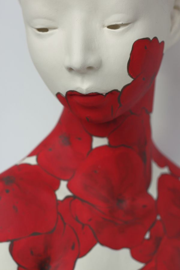"""""""Into the Red"""" neo-romantic sculptures by Gosia"""