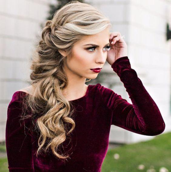 Side Hair Glamour 30 Coiffures De Fetes Coiffures De Fetes De