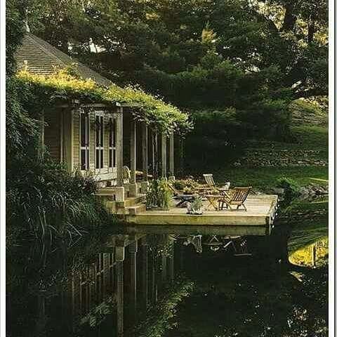 Pin di corinne willcott su garden case sul lago bei for Case bellissime esterni