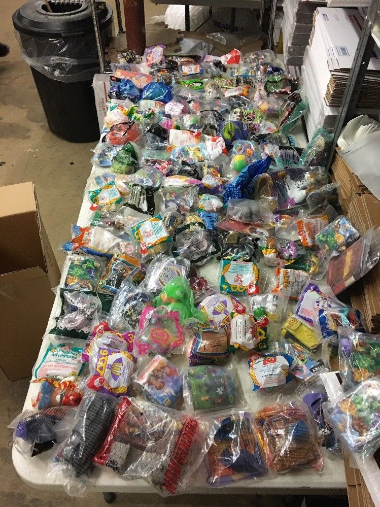 Huge Lot Of 120kids Meal Mcdonalds Burger King Wendys More Toys