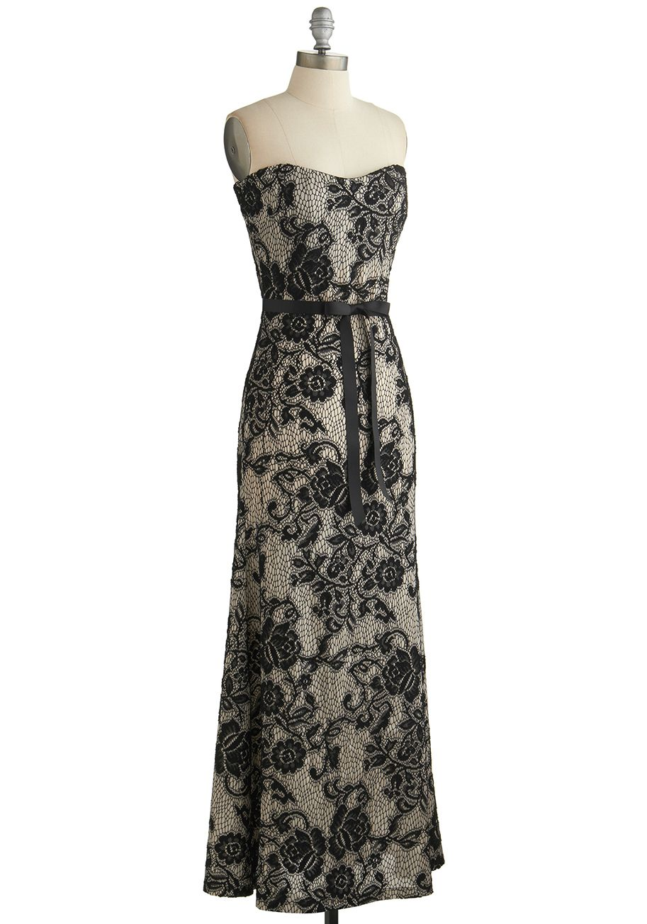 Operatic occasion dress for your next evening theater engagement