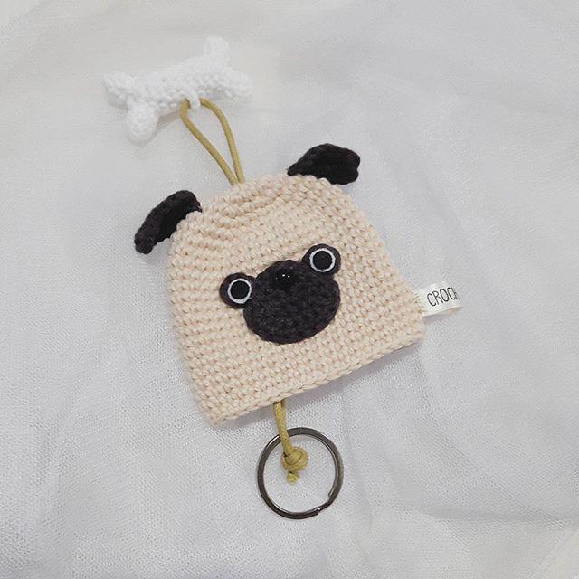I'M PUG KEY HOLDER #keycover #keyholder #crochet#pug #pugdog #amigurumi#amigurumilove #crochetoninstagram #crocheteveryday #etsyshop #etsyseller #etsysellersofinstagram #handmade #dog #dogproduct