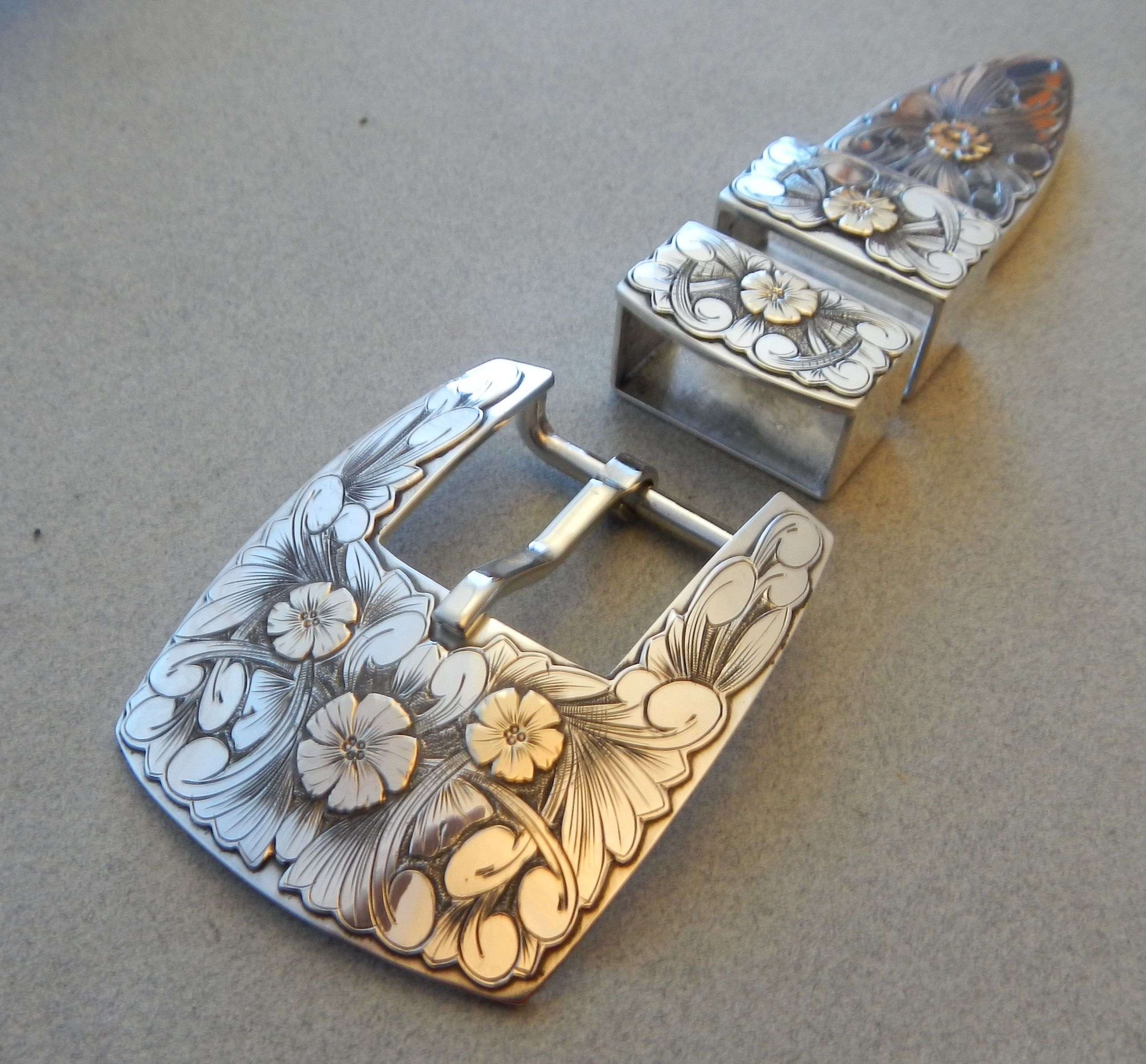 Silver /& Gold Buckle
