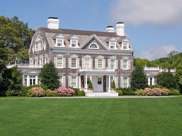 Image via The Enchanted Home.  Hampton's granduer.
