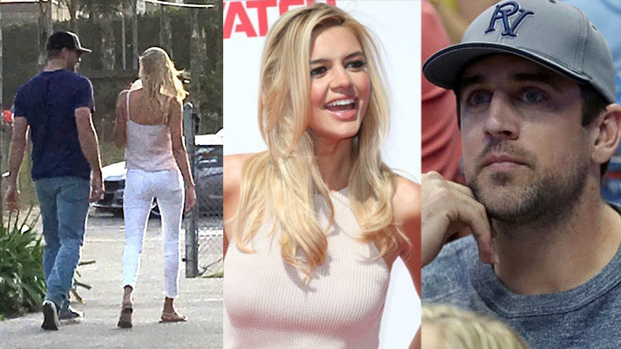 Aaron Rodgers With Girlfriend Kelly Rohrbach Kelly Rohrbach Aaron Rodgers Kelly