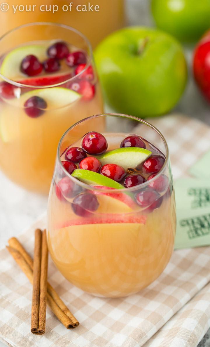 Sparkling Caramel Apple Cider #thanksgivingdrinksalcohol