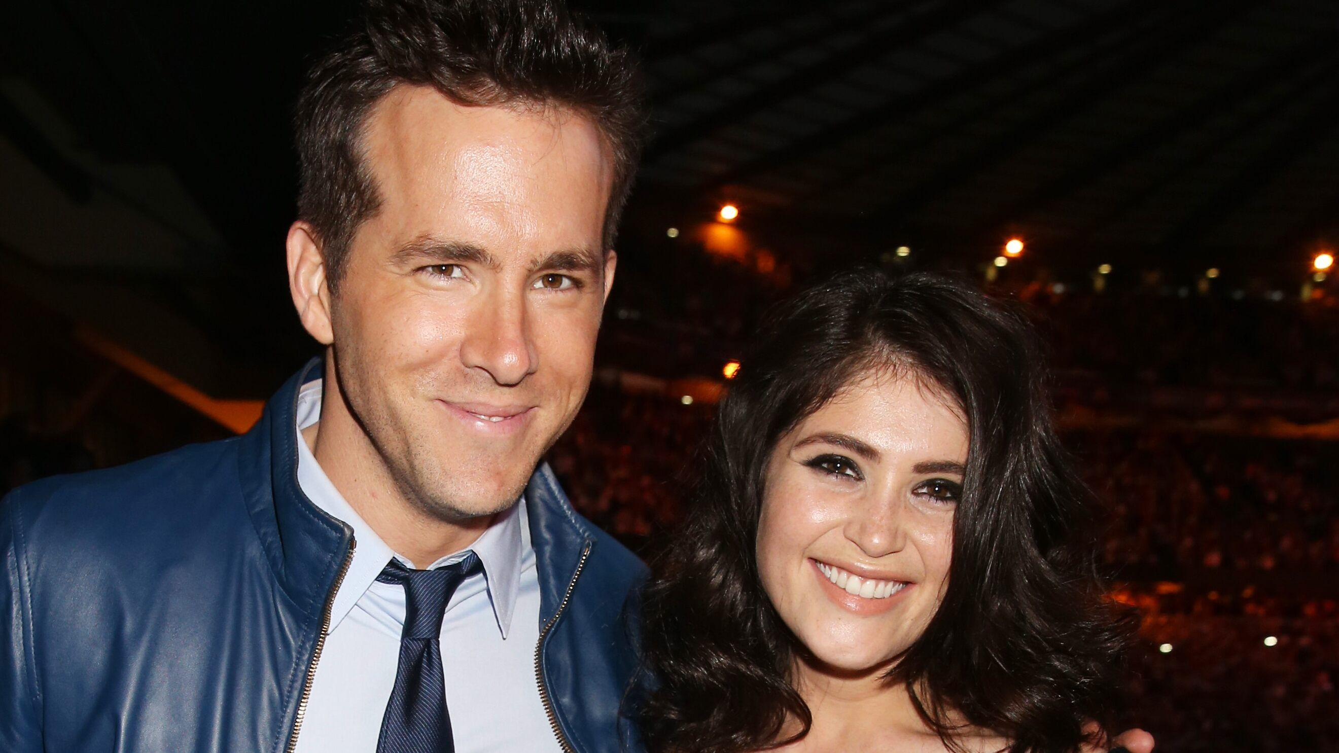FOX NEWS Salma Hayek hilariously trolls Ryan Reynolds on