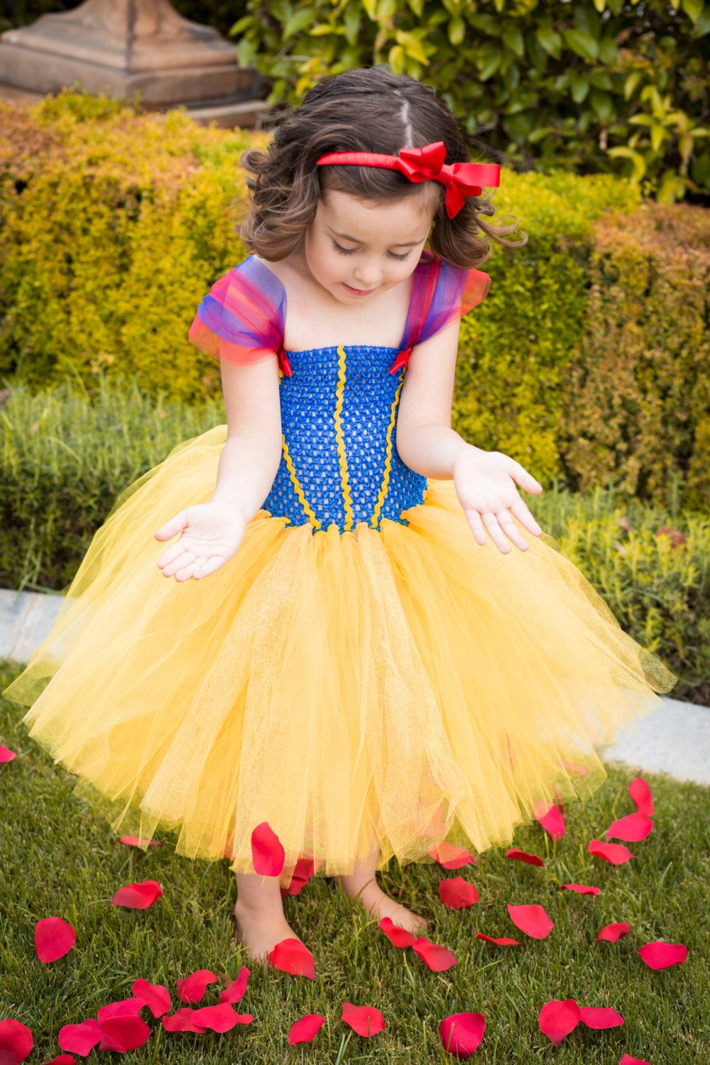 Snow White Dress by OhMyTutuCuteByDeanna on Etsy https