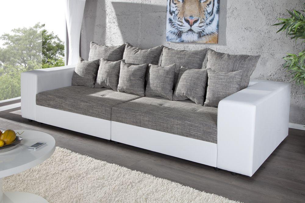 Das Design Sofa GIGA lädt Sie und Ihre Gäste zum Träumen und
