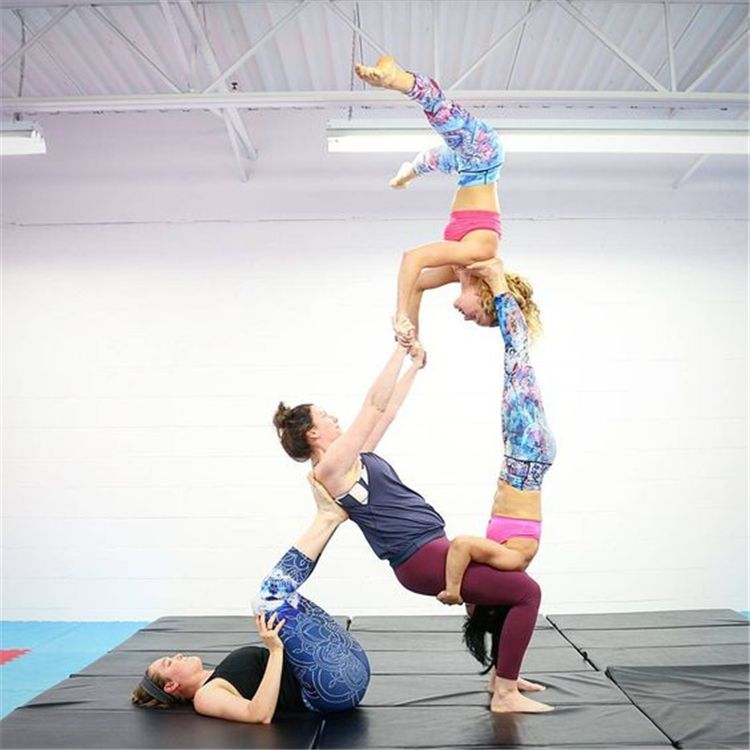Beautiful And Amazing Yoga Pose Photographs You Need To Try Yoga Exercises Fitness Yoga Simple Yoga Yoga Poses Beginn Acro Yoga Poses Yoga Poses Acro Yoga