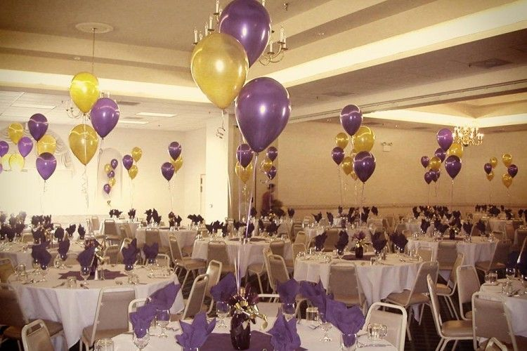 Graduation centerpieces purple gold sami for Event planning decorating ideas