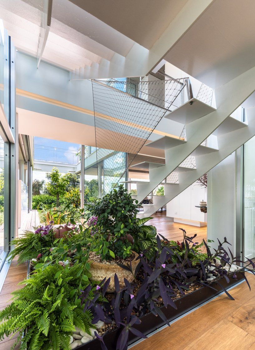 Christos Pavlou Brings Nature Back To The City With The Garden House In Nicosia Cyprus In 2020 Interior Garden Home And Garden House