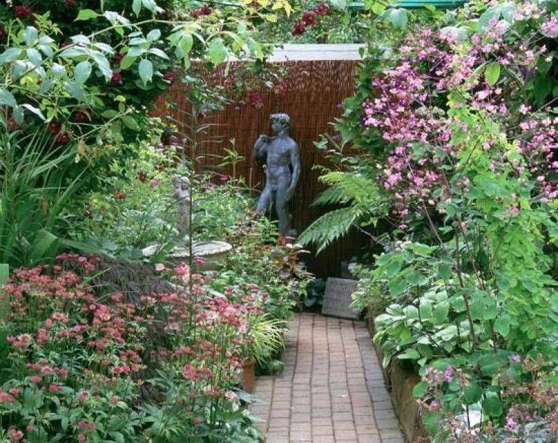 Garden And Lawn , Great Tiny Garden Ideas : Tiny Garden Ideas With ...
