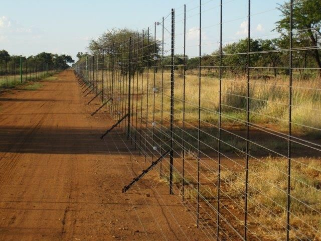Breeding Camps Chemvet Fence Screening Hedges Fence
