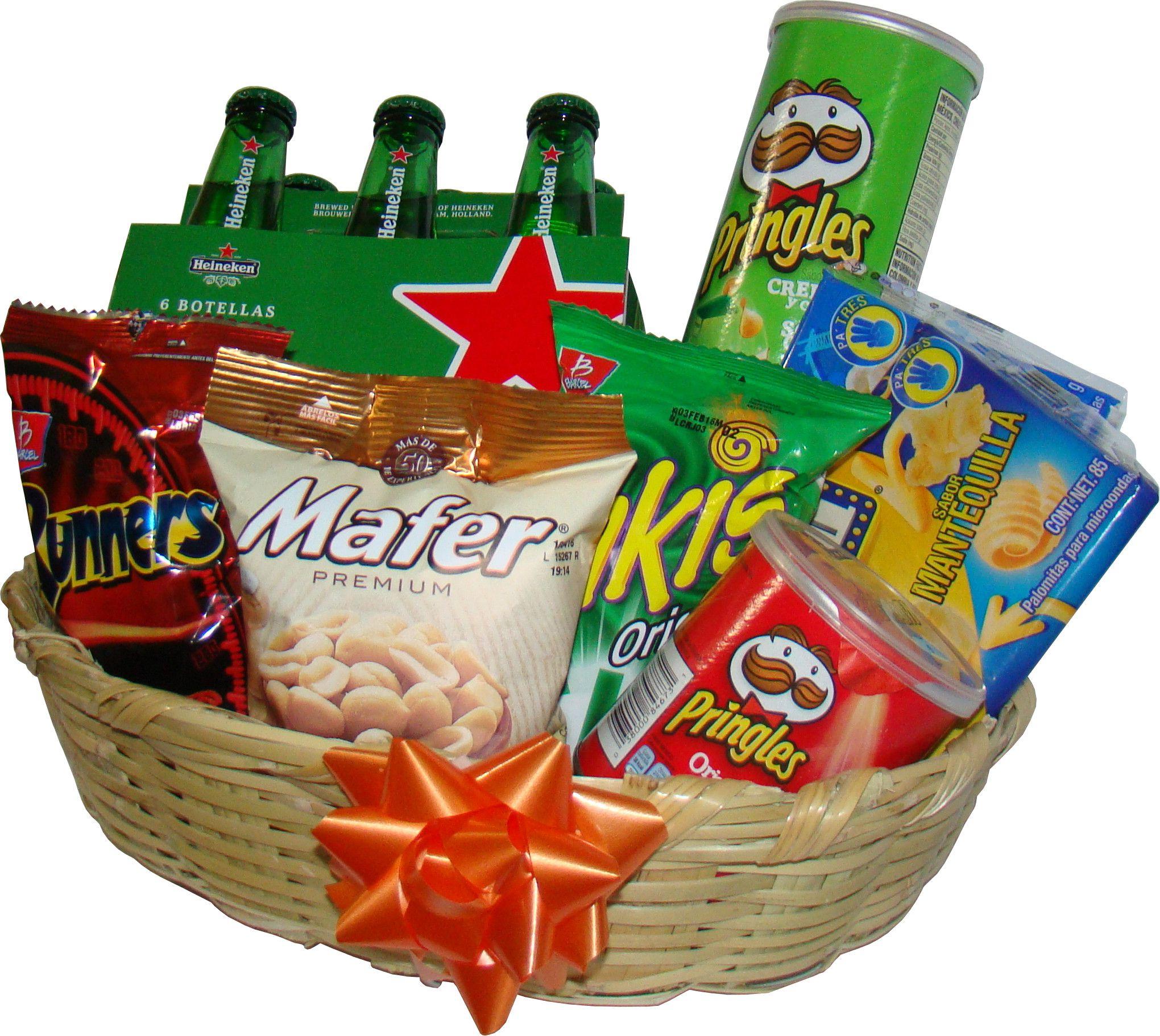 Regalo para hombres cesta con cerveza heineken y snacks for Regalos de cocina para hombres