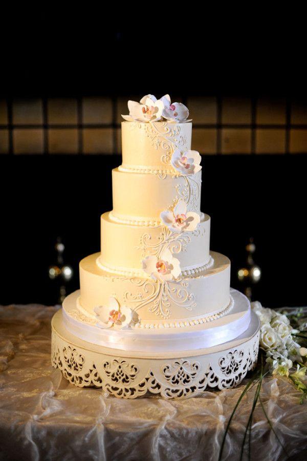 19 best Wedding cakes images on Pinterest | Cake wedding ...