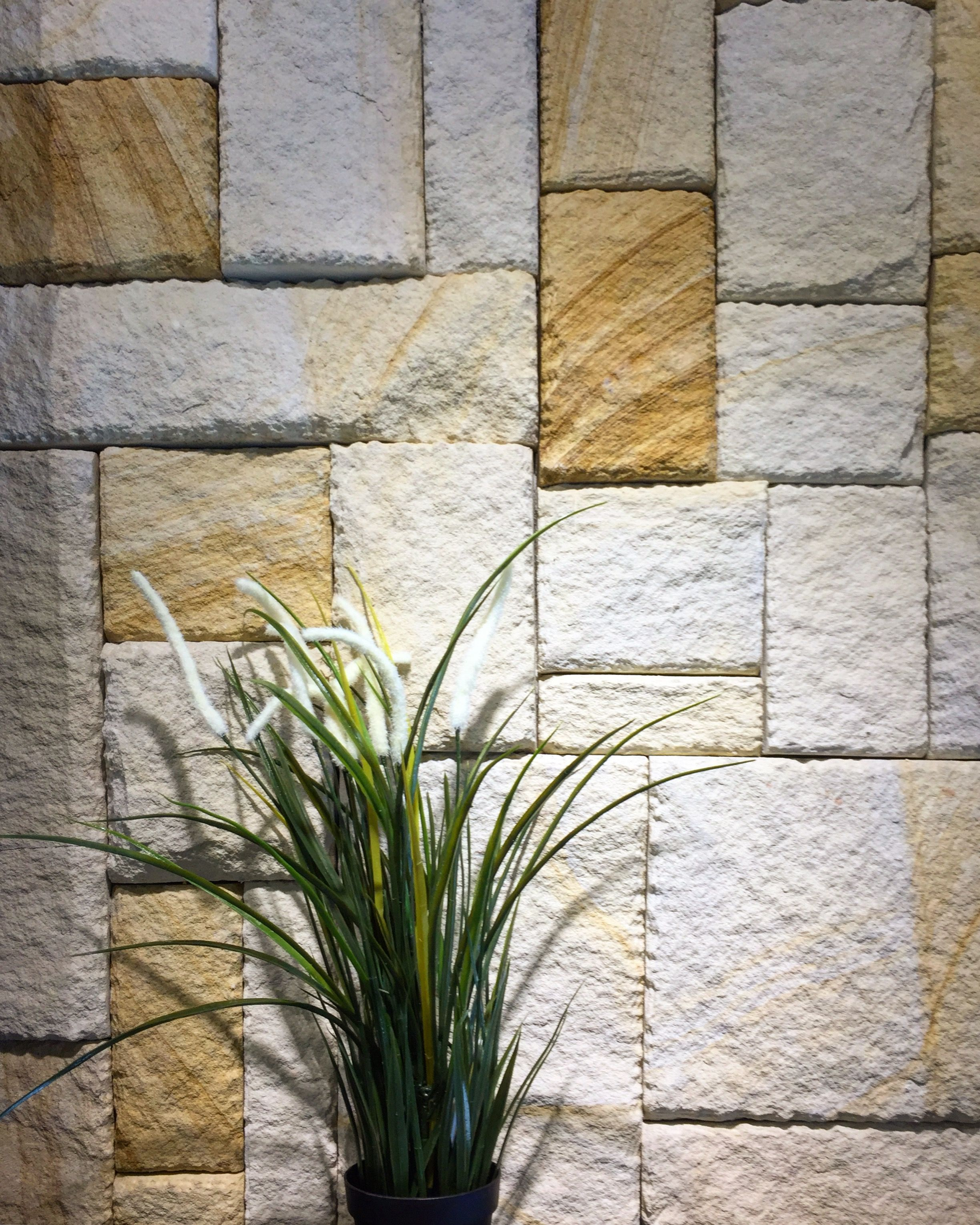 Australian Sandstone Colonial Walling Made Up Of Natural Sandstone Cladding Available In 4 Color Sandstone Cladding Natural Stone Cladding Stone Wall Cladding