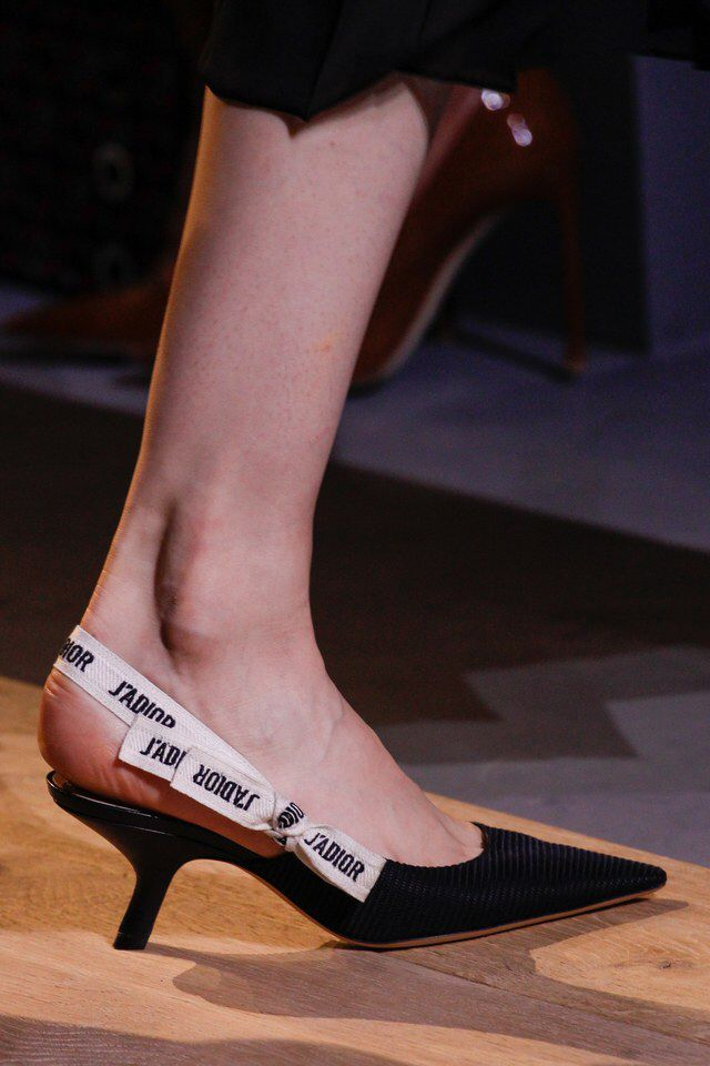 Christian Dior Spring 2017 Ready To Wear Dior Shoes Shoes Fashion Photography Fashion Shoes