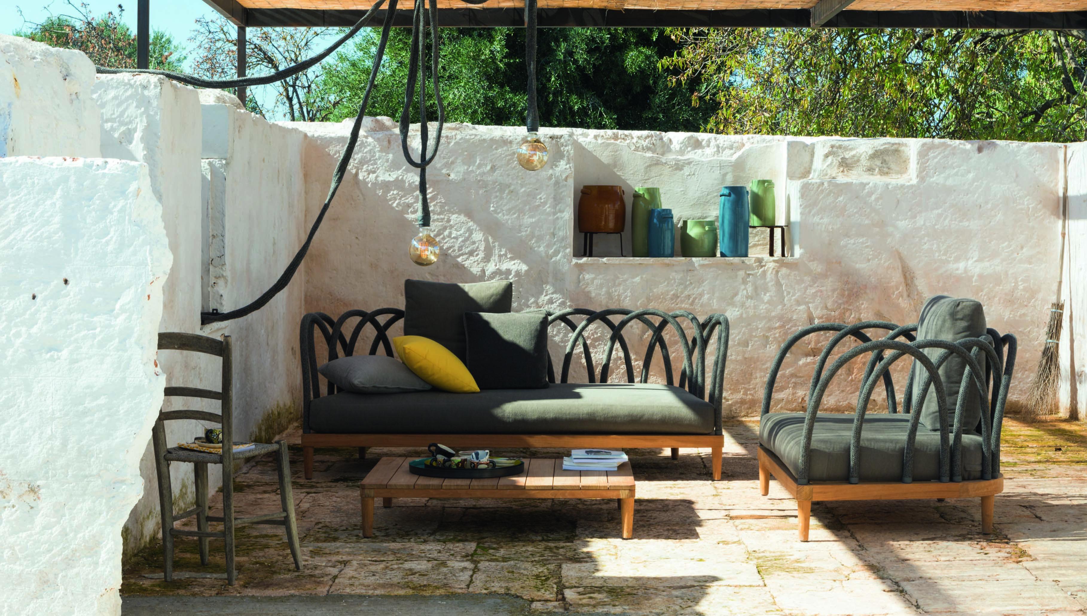Mobili Da Giardino Di Design.Arredi Outdoor Le Collezioni Di Design Dell Azienda Unopiu