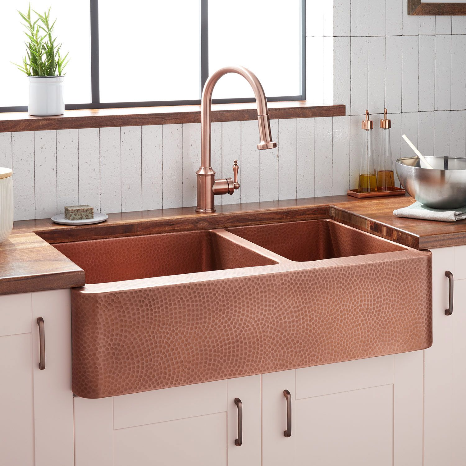36 Tegan 70 30 Offset Double Bowl Hammered Copper Farmhouse Sink