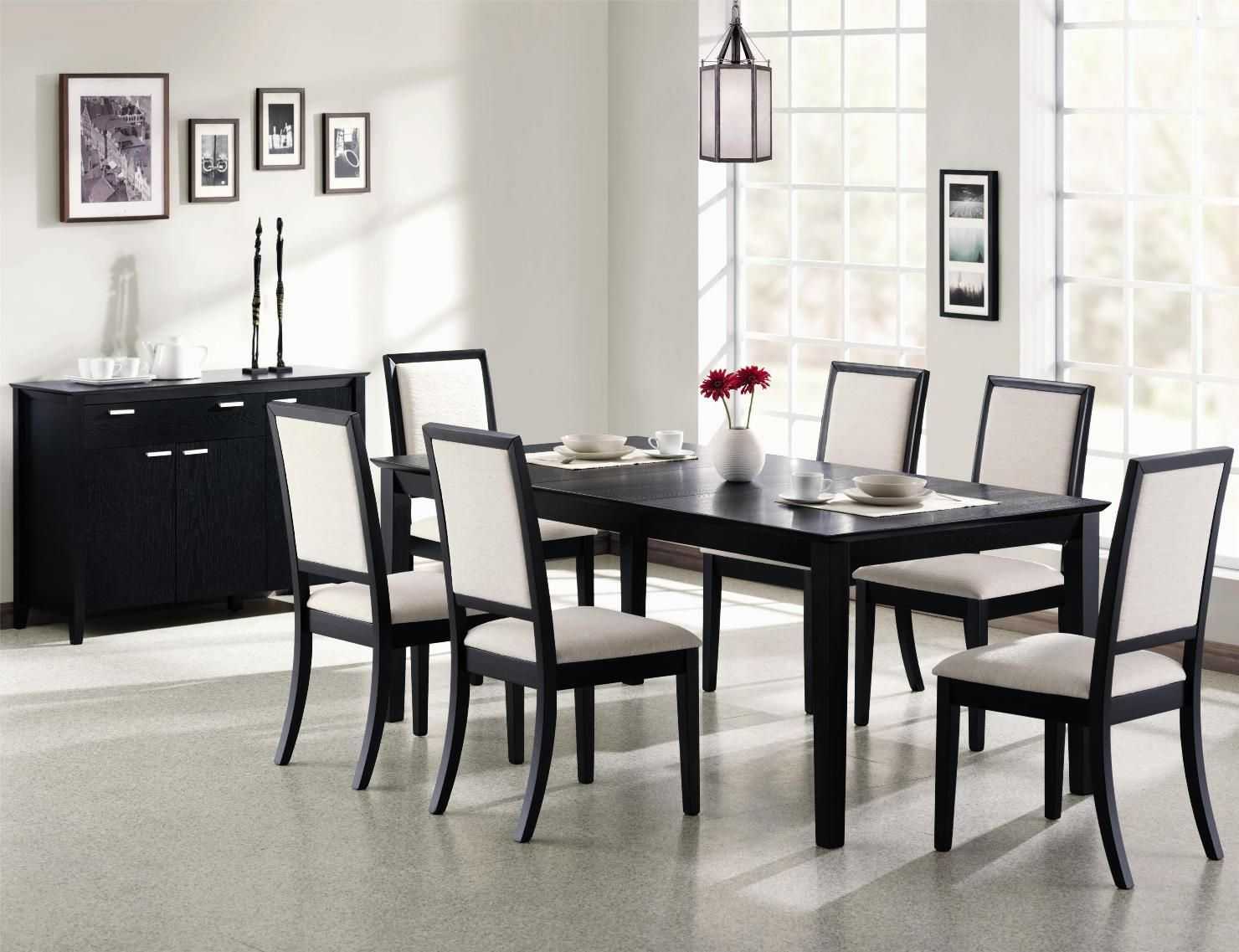 Tables for dining room. How to choose