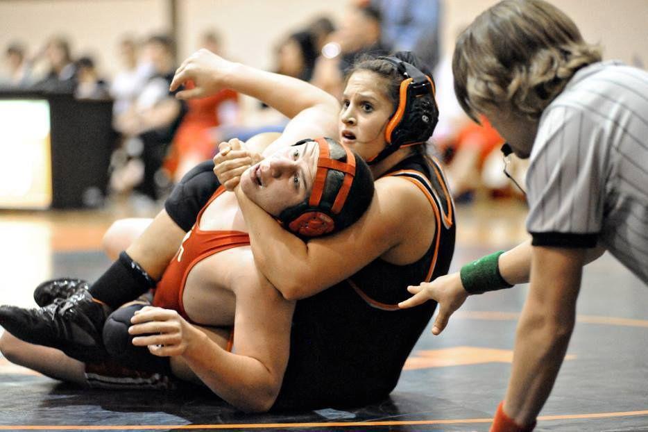girl wrestling boy - Google Search   Wrestling, Sport girl