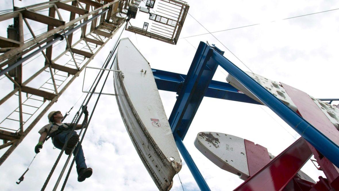cool Job vacancies soar in Alberta, led by surge in energy