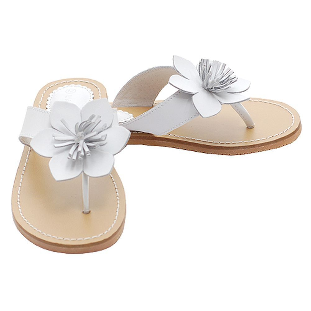 These White Flip Flops With A Fringed Flower Accent Are The Perfect