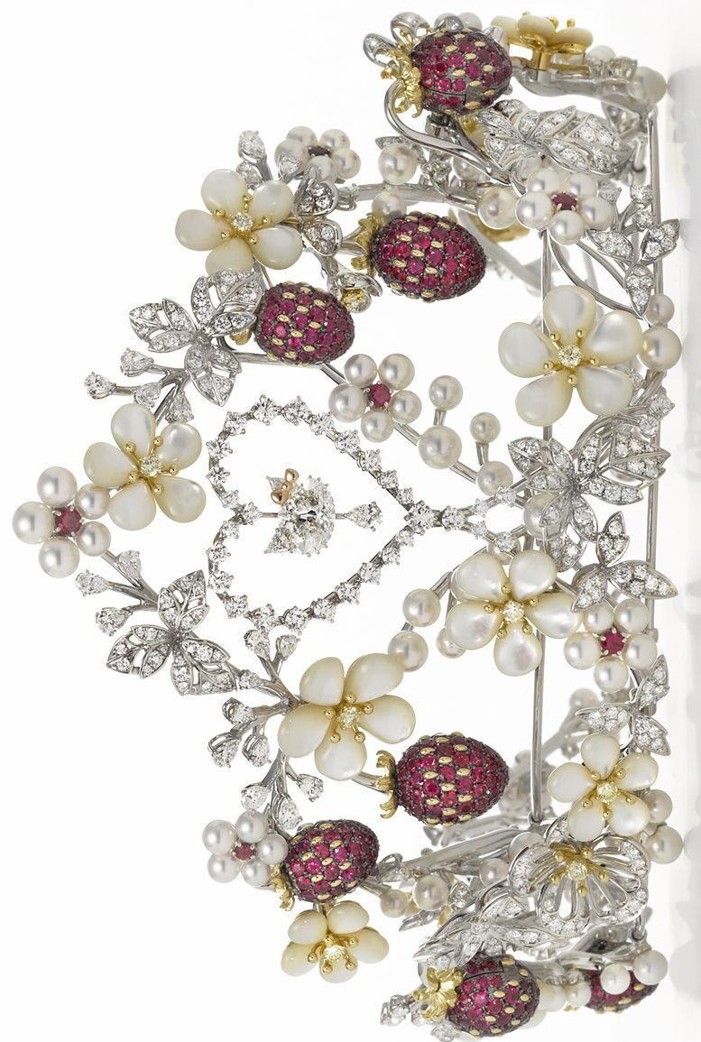 cd7635406 The Mikimoto x Hello Kitty tiara, which displays a Hello Kitty fashioned  entirely out of