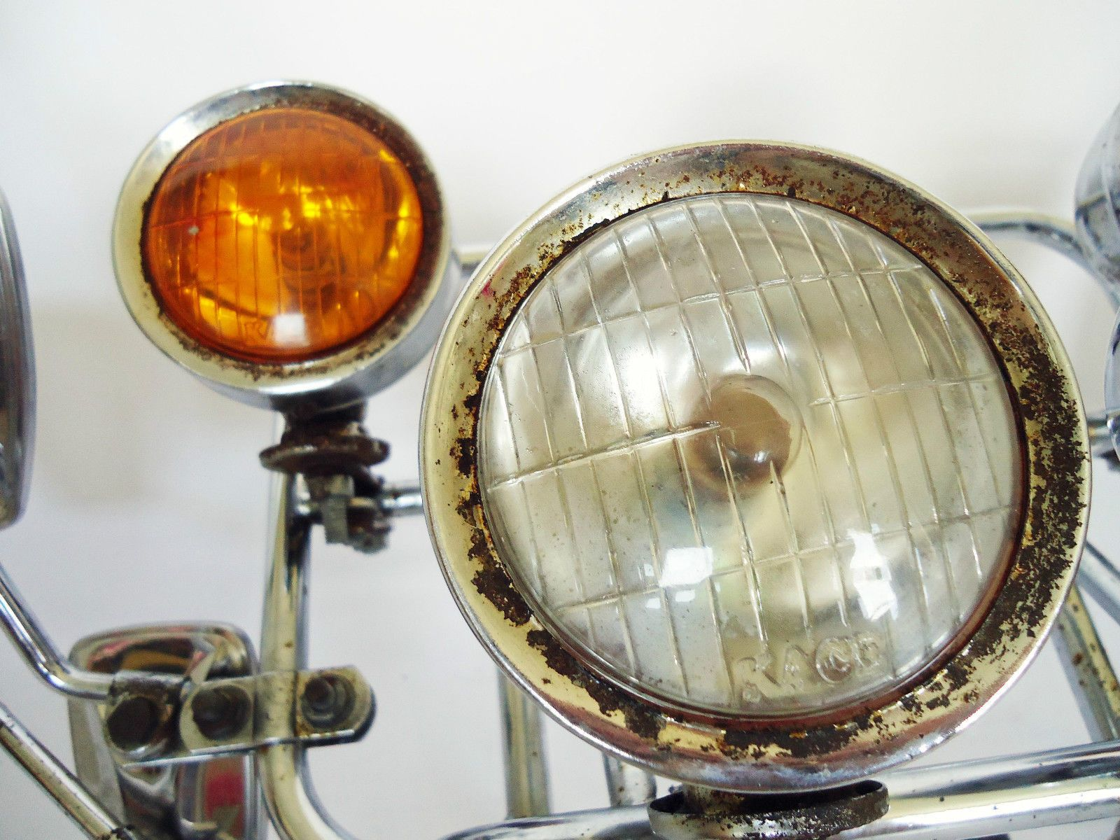 Vespa Scooter Front Rack Chrome With Eight Stadium Mirrors