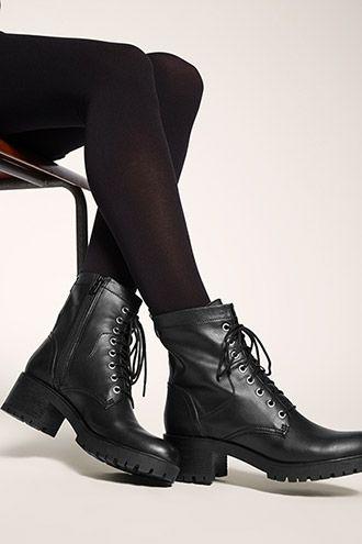 Esprit / Bottines à lacets et talons bottier noire VEGAN, 90€