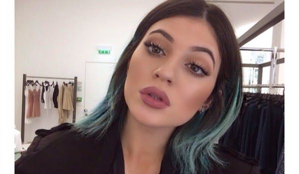 Kylie Jenner's amazing makeup transformation has inspired thousands of beauty junkies around the world - she blossomed into a true mini-Kardashian with just a tweak of her makeup application. The m...
