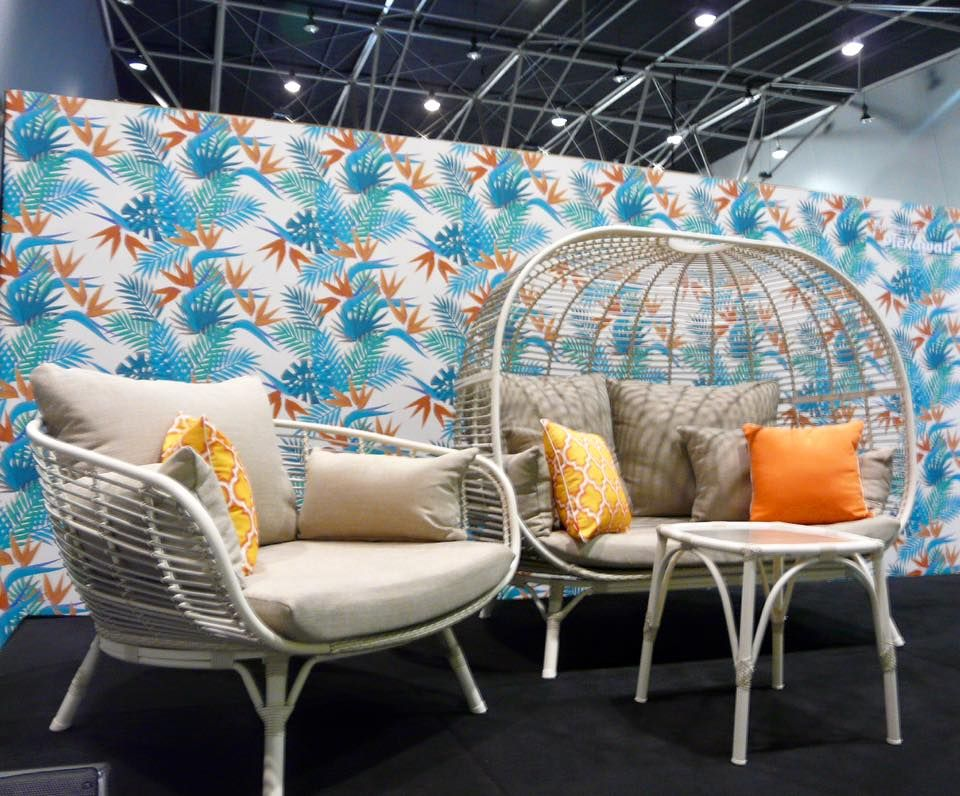 Removable wallpaper for your exhibition and retail space conference rooms feature walls nursery and kids rooms