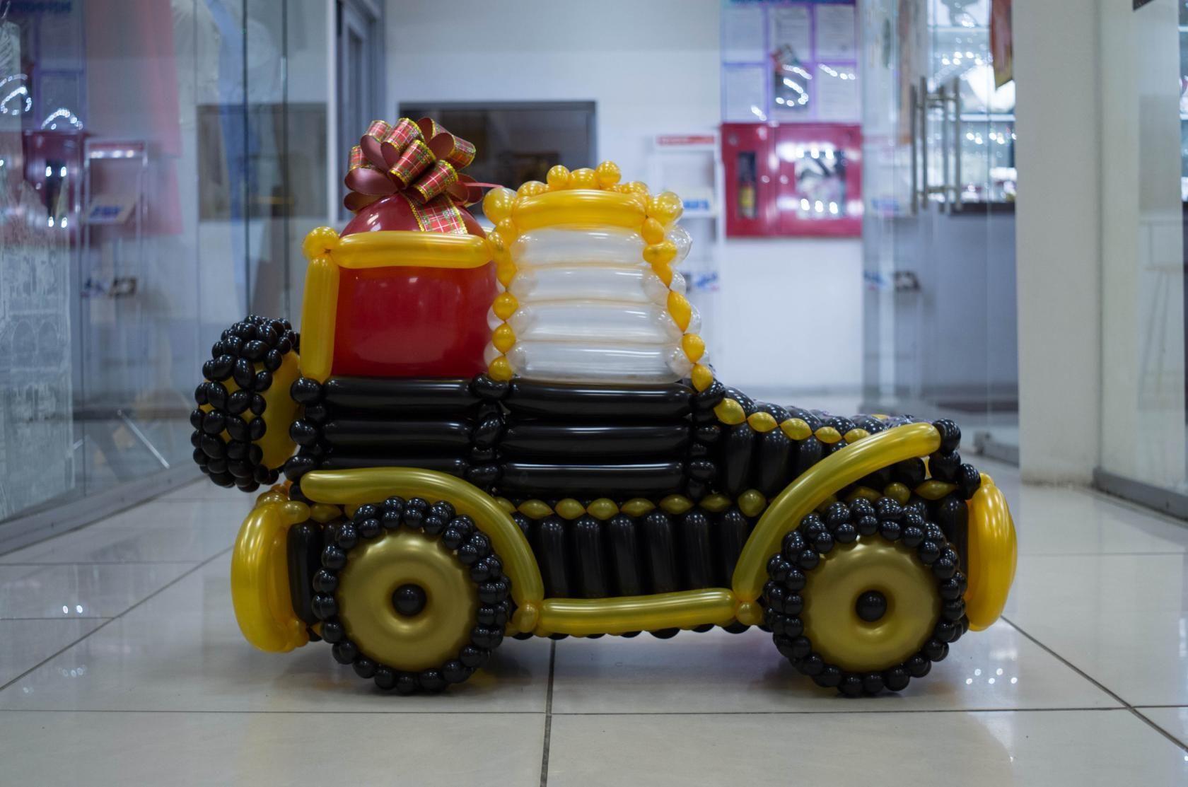 Машины из шаров фото