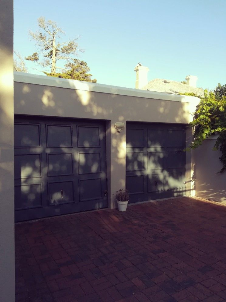 Off Road double garages + two more car bays House styles