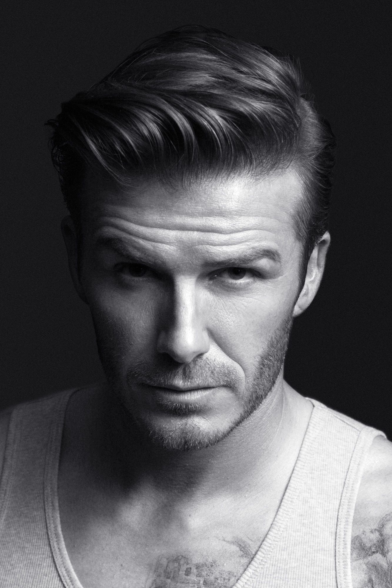 Mens short undercut haircut perfect  davidbeckham hottie   itus getting hot in here
