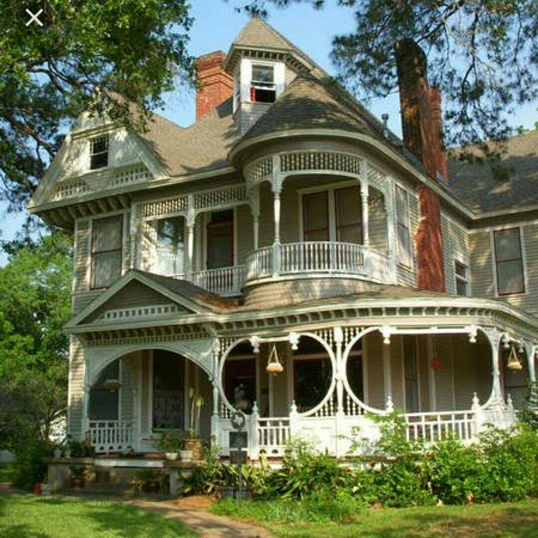House Design Home Love Architecture Inspiration Exteriors Simple Designer Homeinspiration Victorian Homes Old Victorian Homes Victorian Style Homes