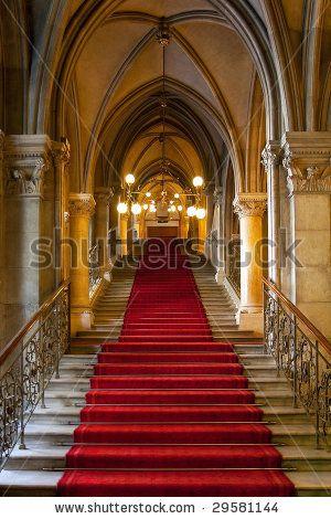 stock-photo-gothic-castle-interior-29581144.jpg (300×470)