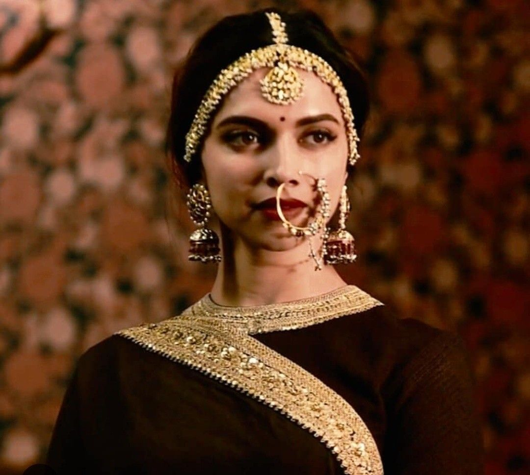 Pin by Sadaf Manzoor on Deepika | Bridal jewellery ...