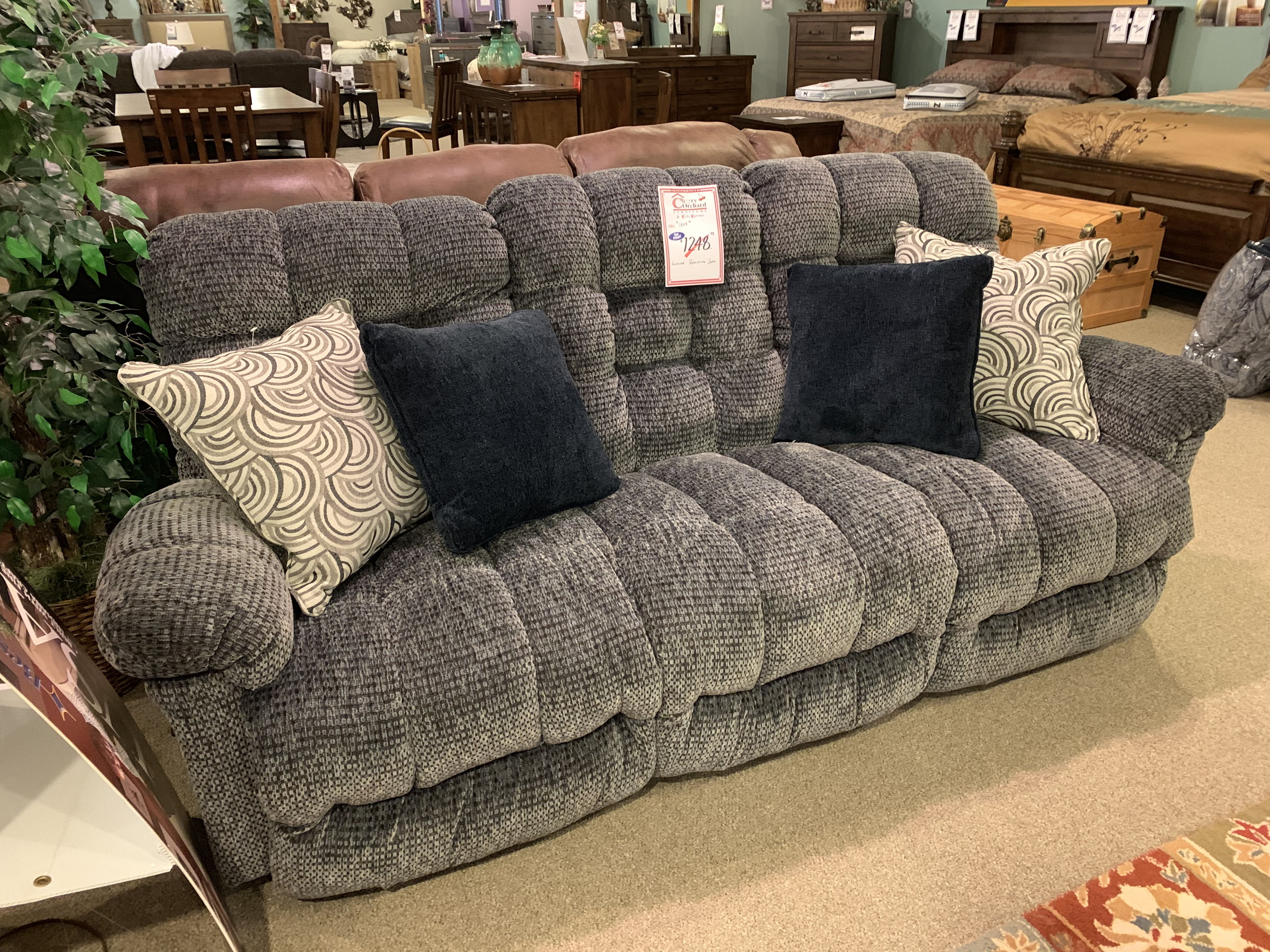 Cool Come Get A Brand New Couch For Our Going Out Of Business Squirreltailoven Fun Painted Chair Ideas Images Squirreltailovenorg