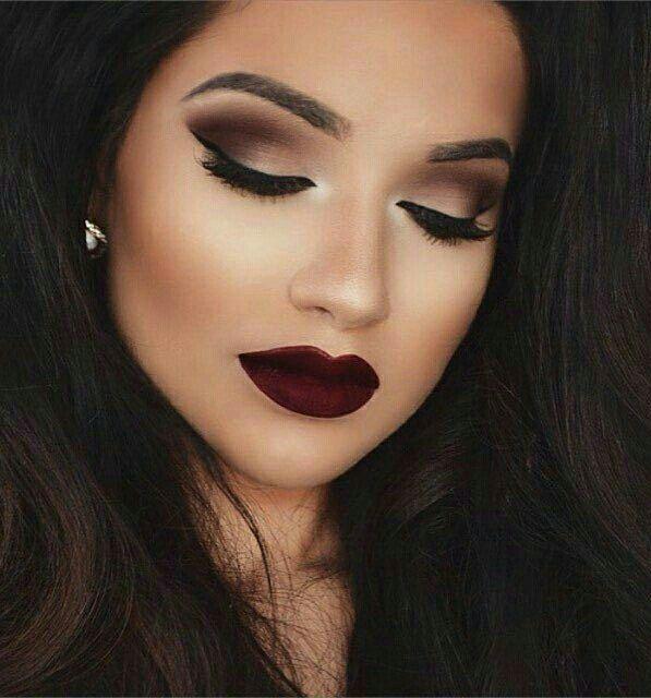 Resultado De Imagen Para Maquillaje Noche Maquillaje De Ojos Ahumados Maquillaje Color Vino Y Maquillaje De Ojos